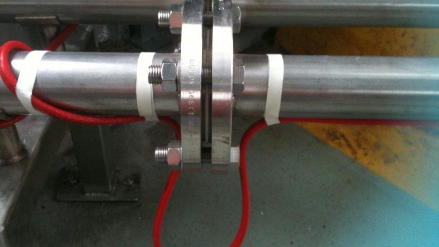Греющий кабель Райхем для защиты труб от замерзания