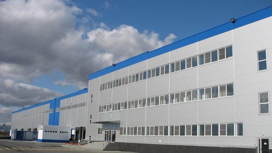 Профессиональный монтаж греющего кабеля на зданиях мясокомбината, завода, фабрики и т.д.
